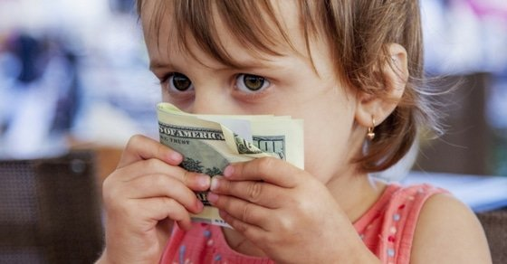 Although teaching money to kids through conversations, games or books is beneficial, there's one other thing you can do to really help kids understand money management. #kids #money