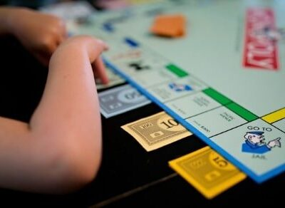 These money games for kids teach valuable lessons while still being fun.