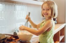 How Kids Who Love to Cook Can Make Money