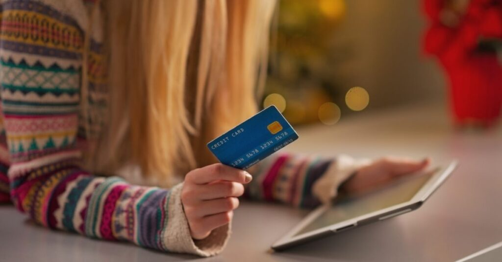Everything you need to know about giving teens credit cards