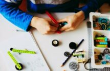 9 Awesome Science SubscriptionBoxes for Kids
